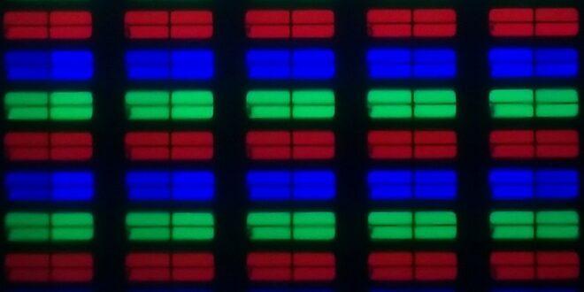 Samsung 43AU7192 subpixels