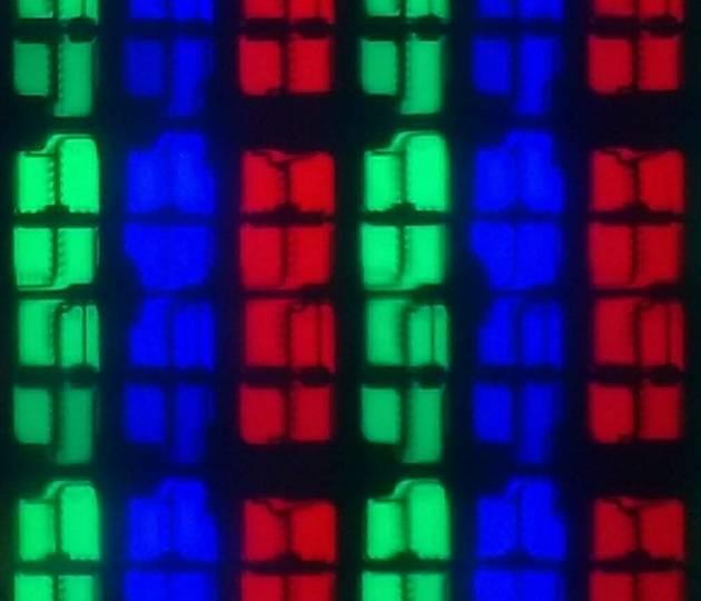 Sharp 60UI9362 LCD panel subpixels